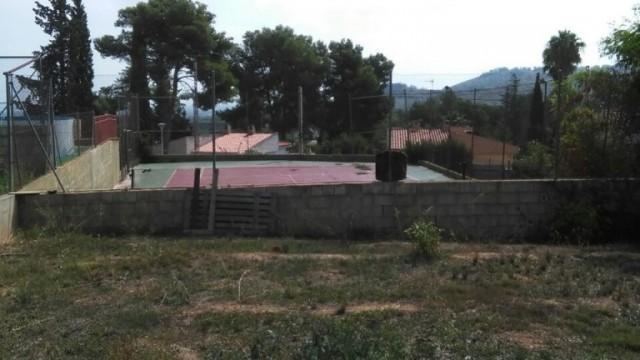 Parcela en Urbanización Sierra Perenchiza.